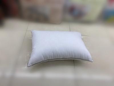 مخدات فندقية للنوم 1000 غم